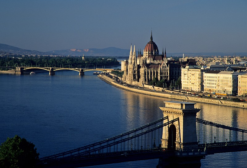 photo4-hungary-one-group